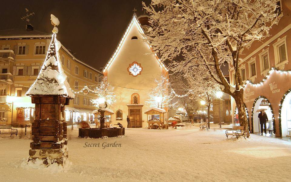 Urime Krishtëlindjet dhe Vitin e ri 2016 12PLC0GsRhZUi7t_LSWZVF5vFLMKU5WH4F0cEWLB2k_HSGsgQKfBoQ==